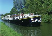 Hotel Barge Vacations on the French Canals - ParadiseConnections.com