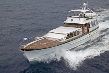 Charter motoryacht VICTORIAN ROSE in New England this summer with ParadiseConnections.com Yacht Charters