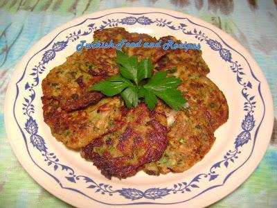 Turkish food and recipes zucchini fritters kabak mucveri forumfinder Choice Image