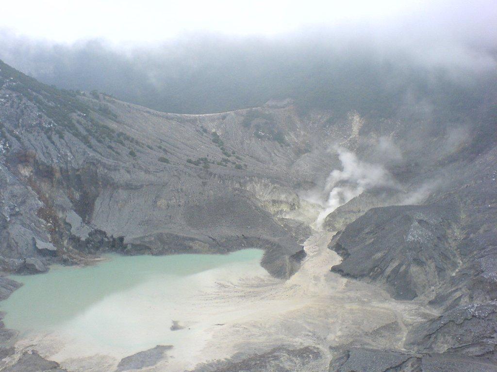 Gambar Gunung Tangkuban Perahu  Ardi La Madis Blog