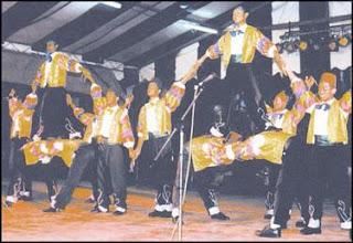 gamelan dikir barat wayang kulit Start studying southeast asian music learn vocabulary,  accompanies dances, songs, and wayang kulit  dikir barat important to.