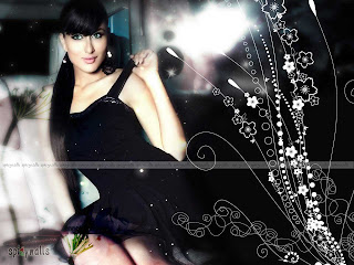 Hot New Kareena Kapoor Pictures