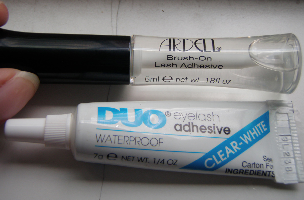 7dc4422b9a4 My Beauty Hoard: Ardell Brush-On Lash Adhesive Review