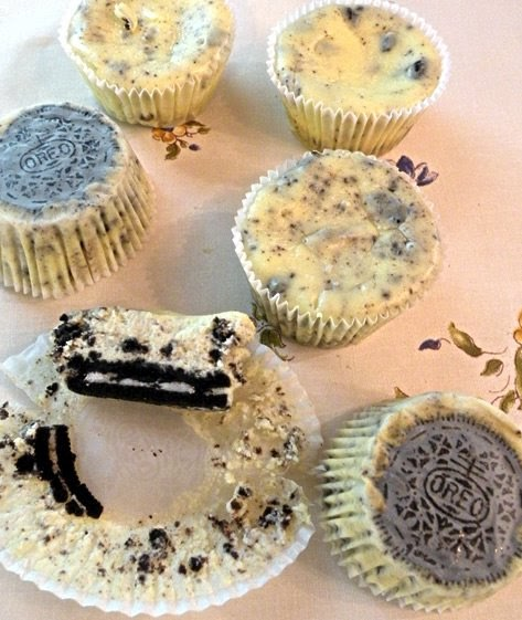 52 Cupcakes And Layla Martha Stewart S Cookies And Cream