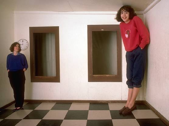 Perceptionsense The Ames Room
