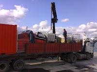 barrera anticontaminación a su llegada al puerto de Algeciras a las 15:30 p.m.
