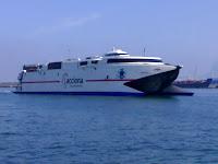 Las navieras que operan en la línea marítima del Estrecho de Gibraltar abaratan las tarifas