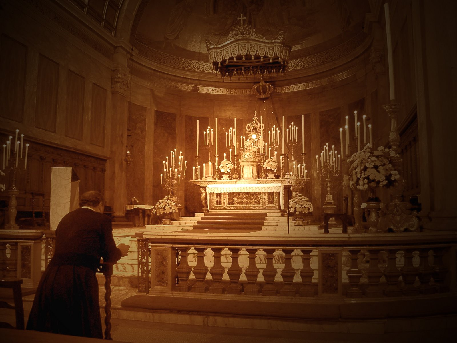 Eucharistic Adoration and The Rosary