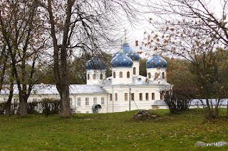 Юрьев монастырь Крестовоздвиженский собор фото yuri1812