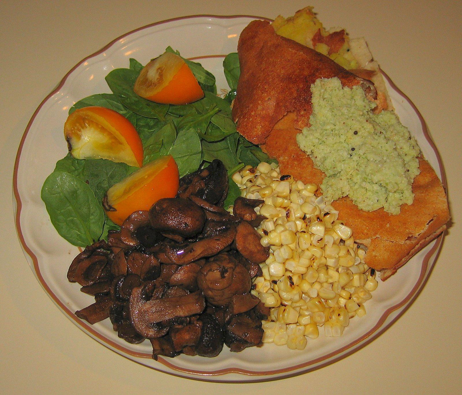 [20070718+Leftover+dosa,+corn-off-the-cob,+balsamic-marinated+mushrooms,+]