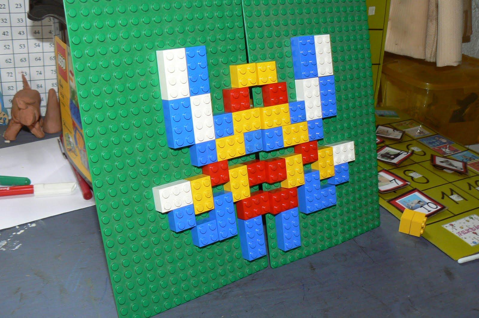 Orca: Observar, Recordar, Crecer Y Aprender: Lego Simetría