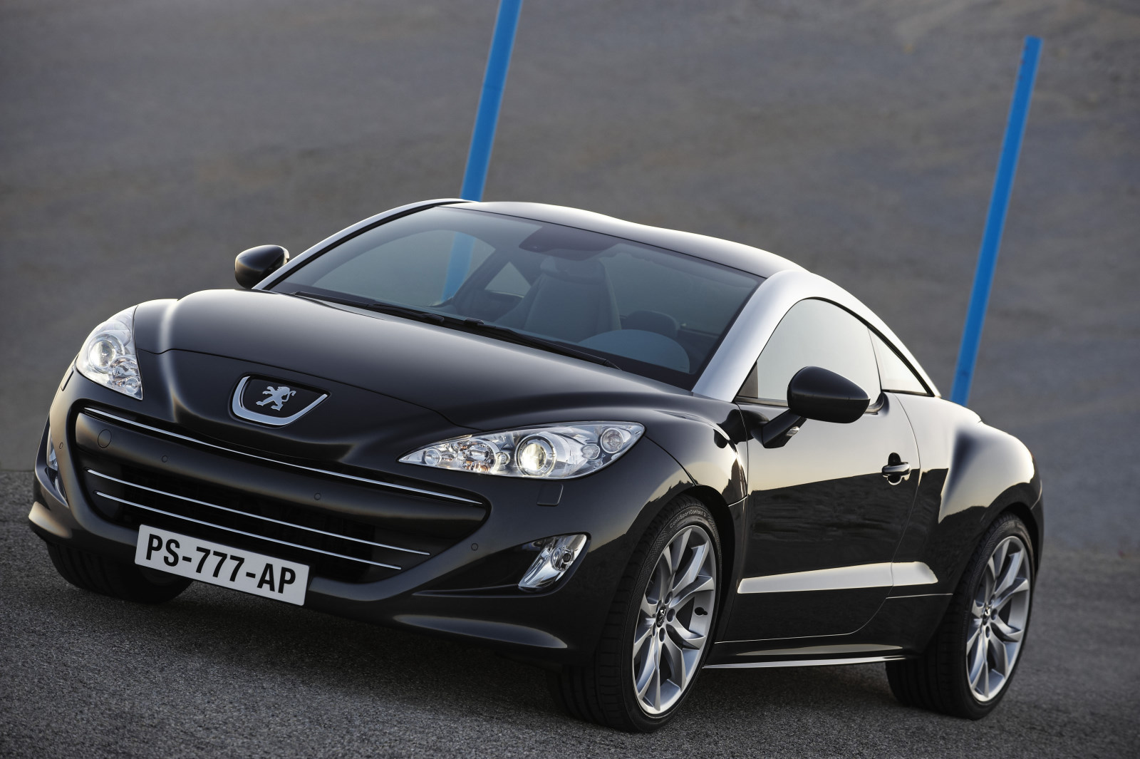 el peugeot rcz llega a argentina super coches el blog del motor. Black Bedroom Furniture Sets. Home Design Ideas