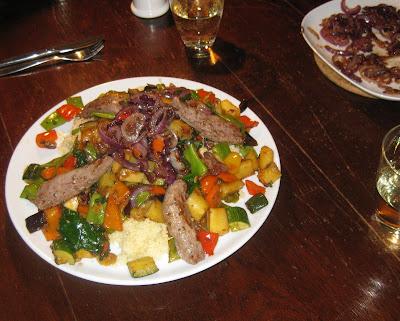 Couscous mit Lamm und karamellisierten Zwiebeln