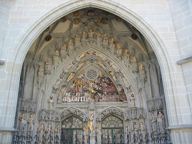 Bern - Berner Münster - Münsterportal