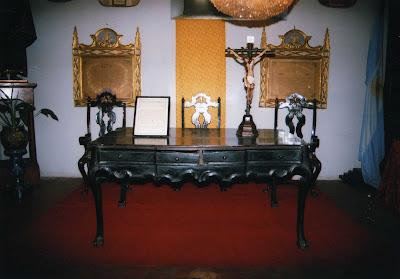 Franciscanos tucuman reliquias historicas muebles y for Muebles de oficina tucuman 1564