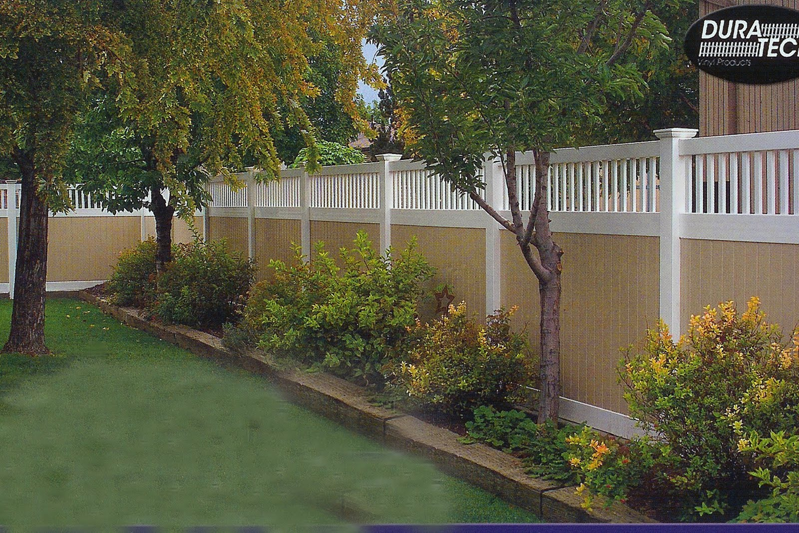 Landscaping Along Privacy Fence | Wood Fence: Residential - Houston Fence  Company | Gardens and