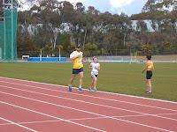 Ewen races the girl, 3000m
