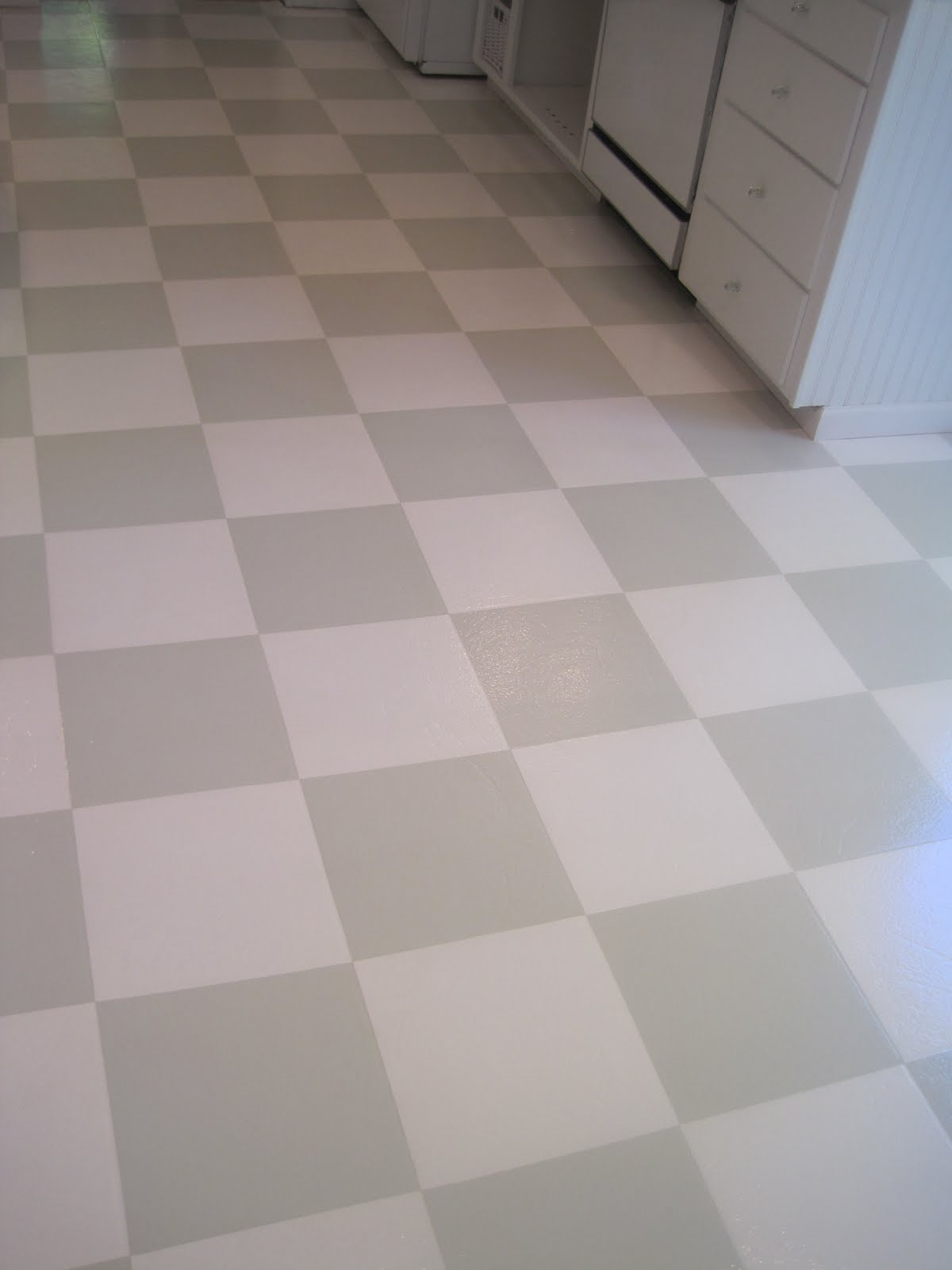 Beautiful Nest Painted Vinyl Floor