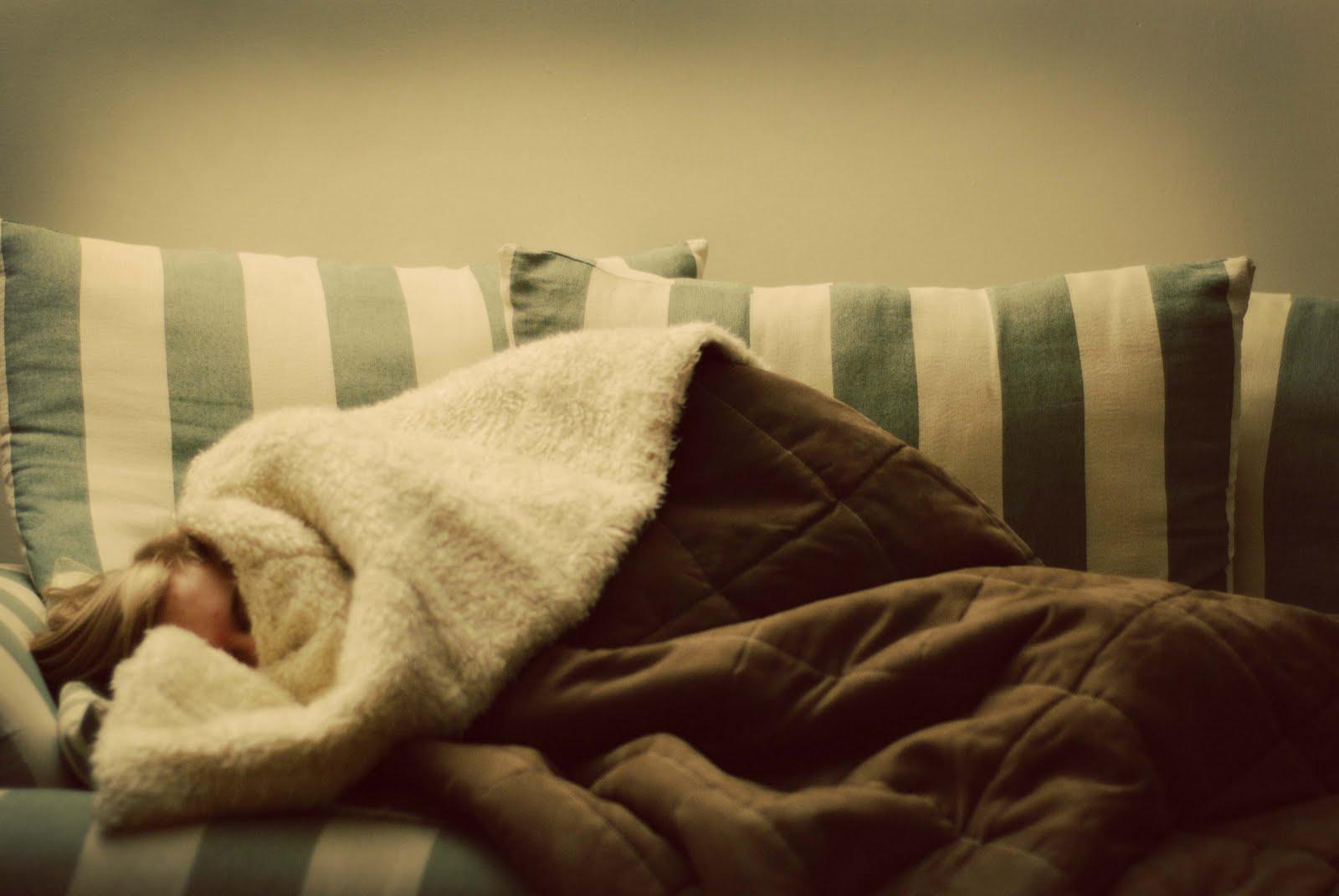 beauty and the geek Sofa Sleeping and Stuffy Schnoz