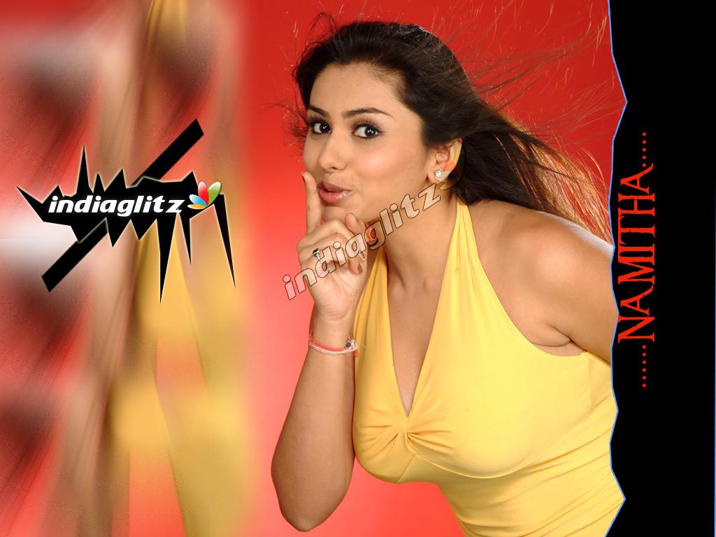Zadnje Igralka Namitha Hot Pics-9164