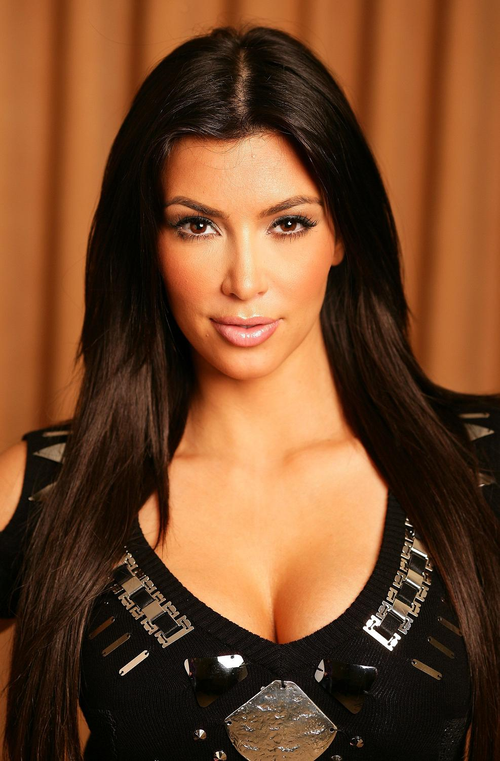 Hot Kim Kardashian Photoshoot Pictures - On Celebs World-4609