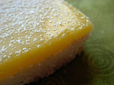 Lemon curd shortbread. Yummy.