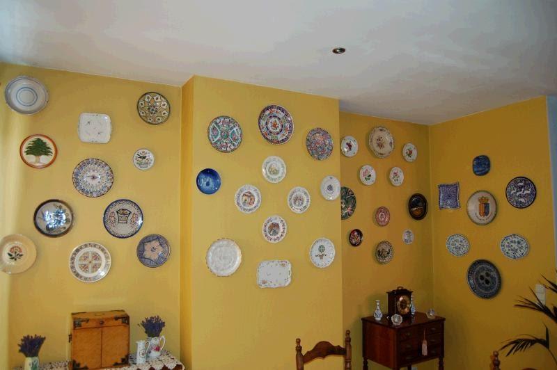 Procoleccionismo una colecci n de platos decorativos - Platos decorativos pared ...