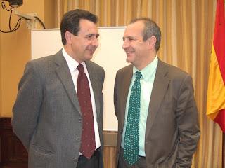 El Presidente de la Corporación de RTVE, Luis Fernández, junto a Félix Lavilla