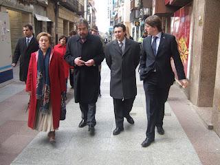 De izquierda a derecha: Eloisa Álvarez, (candidata del PSOE Soria al Congreso), Alcalde de Zaragoza (Juan Alberto Belloch), Félix Lavilla (Candidato PSOE Soria al Senado) y Carlos Martínez (Alcalde de Soria)