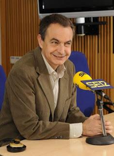 El Presidente del Gobierno, José Luis Rodríguez Zapatero hoy en la entrevista de la Cadena Ser