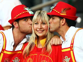 http://www.eurocopa.com/espana/las-otras-imagenes-espana-italia-47484/galeria/1