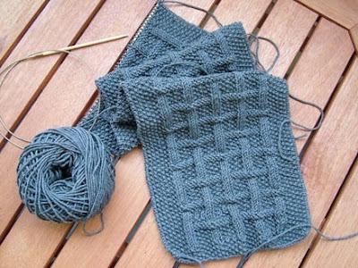 Эта вязка прекрасно подходит для вязания шарфов и.
