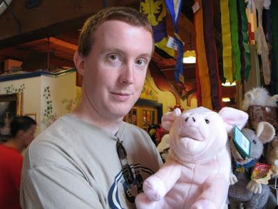 alex and piggy