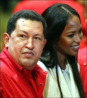 ".: Naomi Campbell describe a Hugo Chávez como ""ángel rebelde"""