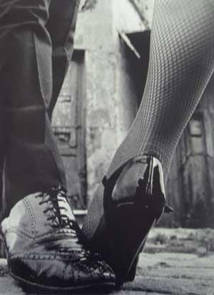 [tango1[1].jpg]