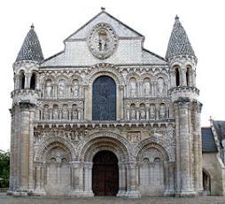 Catedral de Nuestra Señora de Poitiers. Francia.