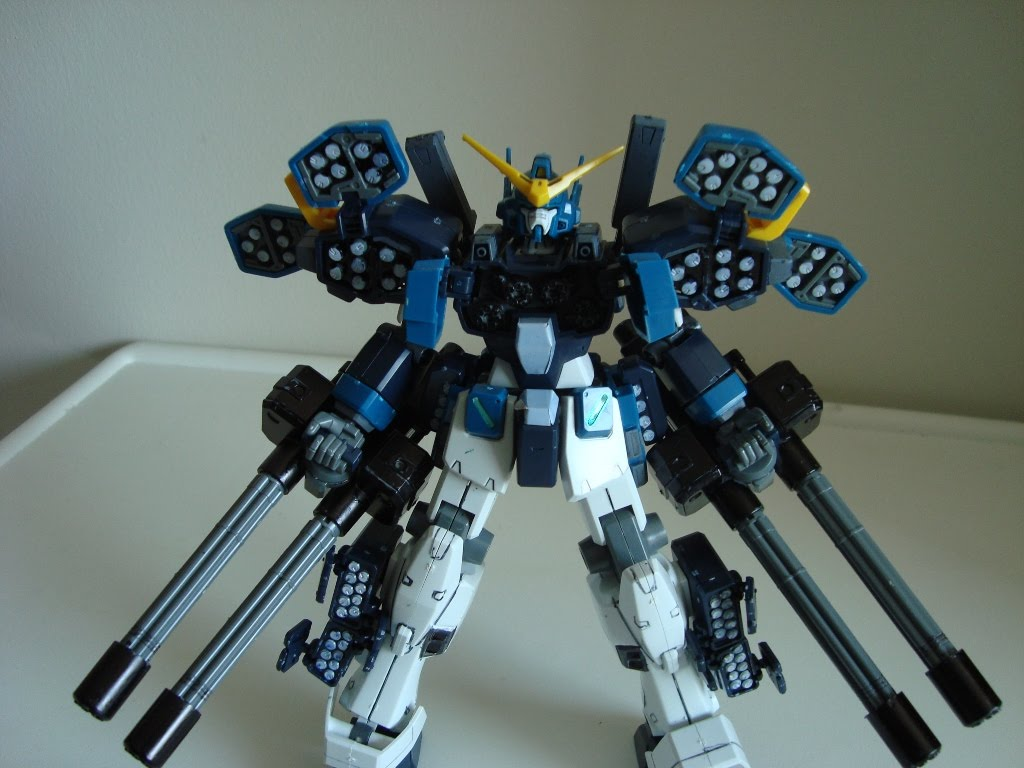 Gundam For The Barrel: Realm Of Darkness: 1/100 Gundam Heavy Arms Custom Review