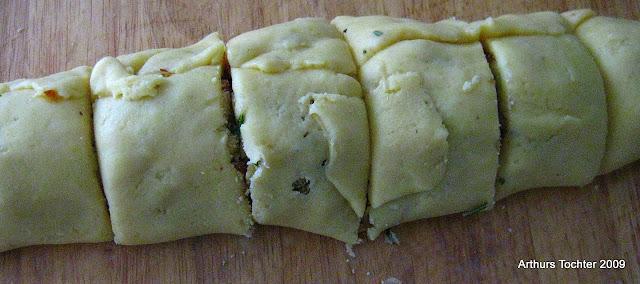 Gebratene Wickelklöße- sächsisches Rezept (gewickelte Knödel) | Arthurs Tochter kocht von Astrid Paul. Der Blog für Food, Wine, Travel & Love