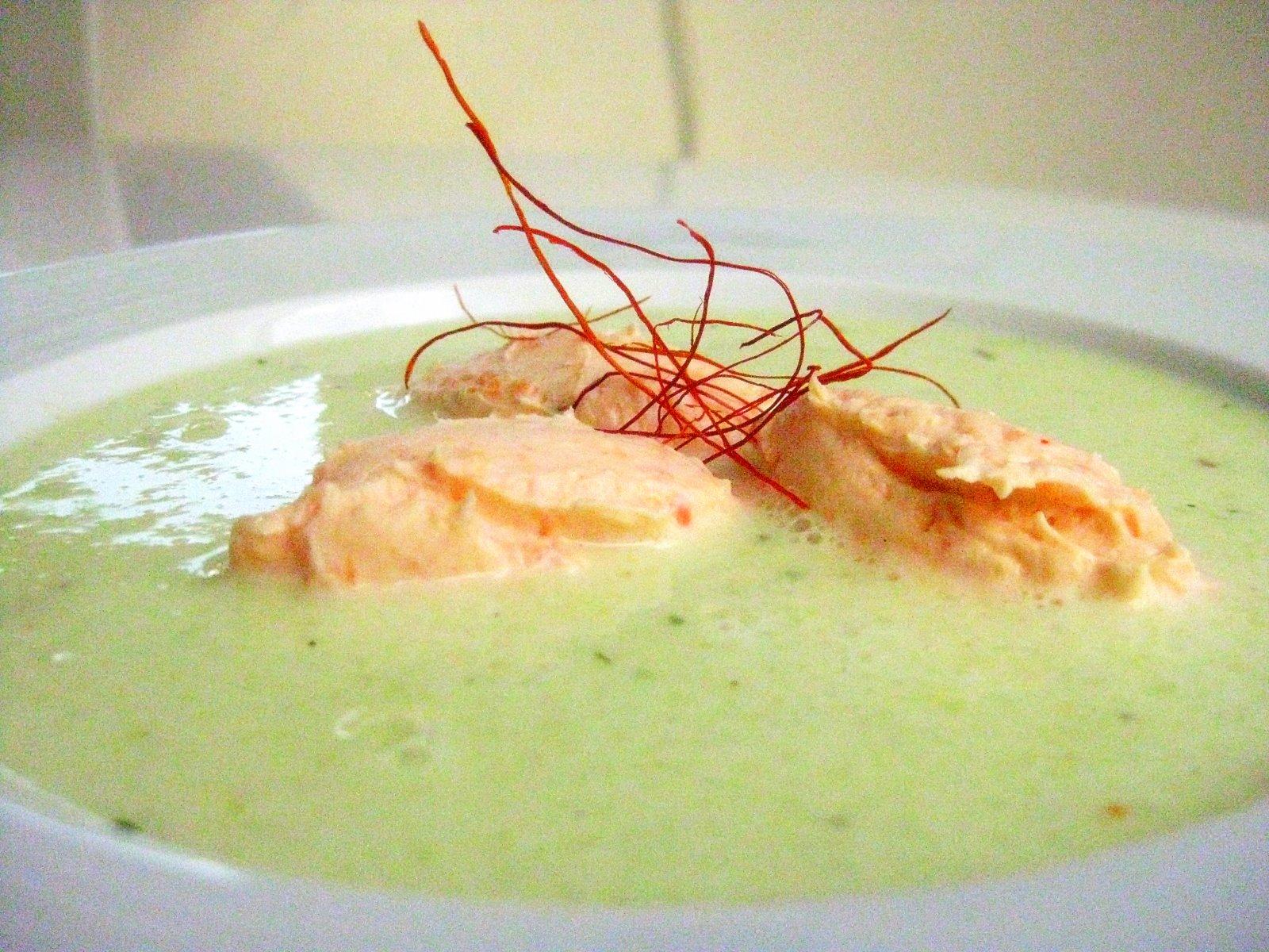 Kalte Gurkensuppe mit Zitronengras und Ingwer | Arthurs Tochter kocht. Der Blog für food, wine, travel & love von Astrid Paul