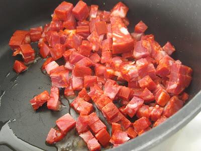 Hähnchen mit weißen Bohnen und Chorizo  | Arthurs Tochter kocht von Astrid Paul. Der Blog für Food, Wine, Travel & Love
