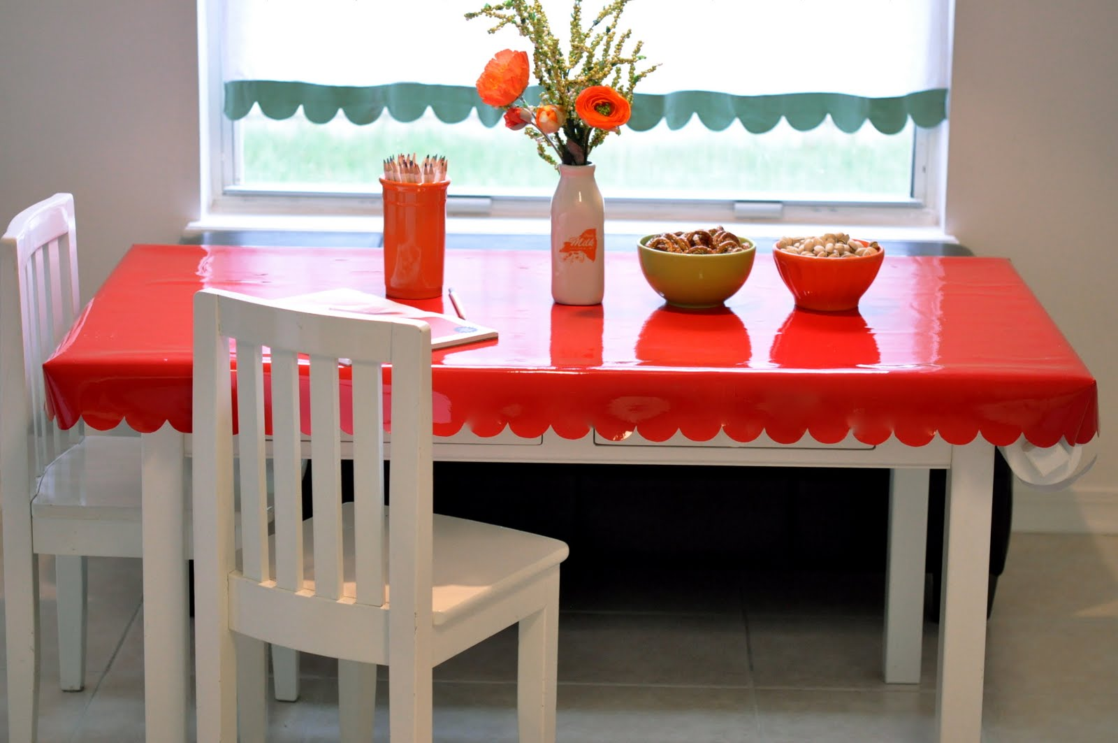 No Big Dill Scalloped Table Cover Tutorial