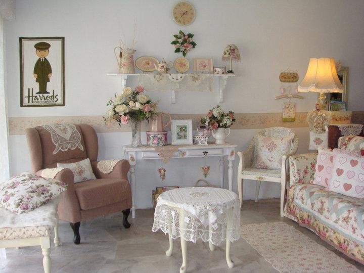 sue kie. Black Bedroom Furniture Sets. Home Design Ideas