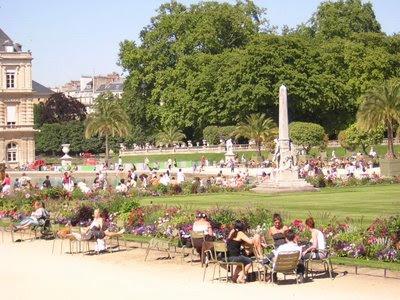 Notas para eliza jardines de luxemburgo for Jardines de poni