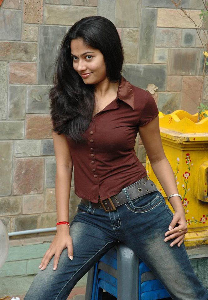suhasini tight actress shirt indian south bollywood boobs