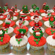 Christmas Cupcake Decorations | Loving Cake