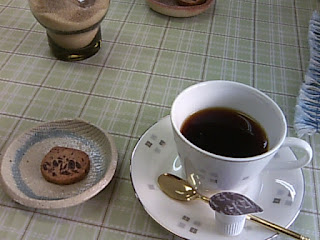 喫茶ポプリンのクッキーとコーヒー