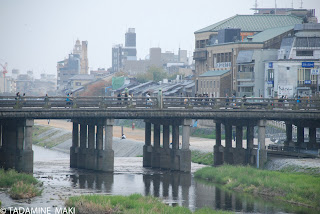 Theme day of December, 2007: A bridge, Sanjo-oohashi in Kyoto