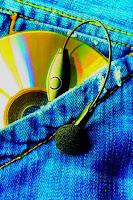 Il 25% degli italiani scarica musica e film gratis