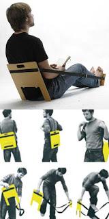 La sedia portatile per viaggi comodi