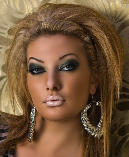 Barbie makeup looks